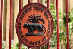 डिजिटल हो जाएं बैंक, नहीं तो बन जाएंगे इतिहास: RBI