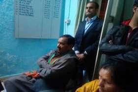तस्वीरें: कोटद्वार में हरक-नेगी समर्थकों का जमकर हंगामा, लाठीचार्ज
