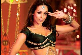 फिल्मों में आइटम नंबर कर के ही खुश हूं : मलाइका अरोड़ा