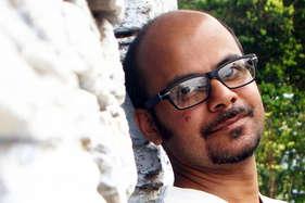 योगी आदित्यनाथ पर कविता लिखने वाले कवि के खिलाफ एफआईआर दर्ज