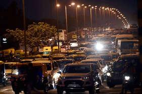 बत्तियां बुझाकर दिल्ली वासियों ने बचाई 290 मेगावॉट बिजली