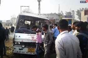 बोर्ड परीक्षा से पहले छात्राें से भरी बस का स्टेयरिंग फेल, एक की मौत, कई घायल