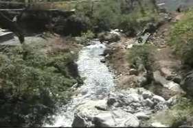 मसूरी में सीवर के पानी से दूषित हो रहे जल स्रोत