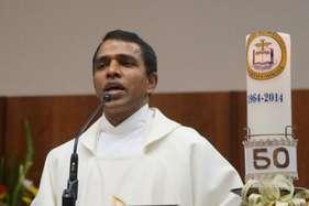 फिर निशाने पर भारतीय, ऑस्ट्रेलिया के चर्च में फादर पर चाकू से हमला