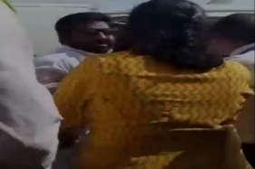 देखें: ताजा विवाद में घिरे शिवसेना सांसद गायकवाड़ का सामने आया वीडियो