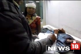 खड़े ट्रक से टकराई बस, दिल्ली के 11 लोग बुरी तरह घायल