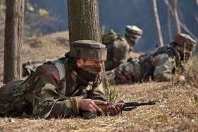 जम्मू कश्मीर: कुपवाड़ा में जारी मुठभेड़ ख़त्म, 3 आतंकवादी मार गिराए