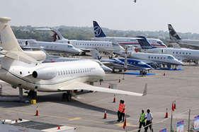 केजरीवाल के इस फैसले के बाद दिल्ली से हवाई यात्रा हुई सस्ती