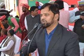 रेप और हत्या मामले में आरोपी पीस पार्टी के डॉ. अयूब अब तक पुलिस की गिरफ्त से दूर