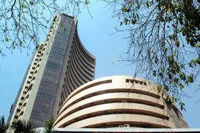 मजबूत अंतरराष्ट्रीय संकेतों से शेयर बाज़ार 206 अंक उछला , रुपया भी 47 पैसे मजबूत
