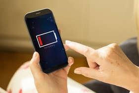 स्मार्टफोन की बैटरी लो होने का ये है सबसे बड़ा कारण