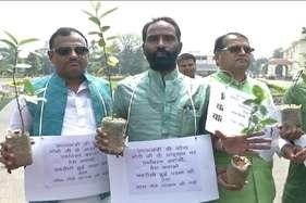 बीजेपी पार्षदों के साथ-साथ राबड़ी-तेजप्रताप ने भी मानी पीएम मोदी के 'मन की बात'