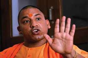 Exclusive: यूपी सीएम योगी के एक आदेश के बाद उत्तराखंड की नौकरशाही में हड़कंप!