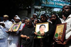 देखें: अपोलो हॉस्पिटल के बाहर 'अम्मा' के समर्थकों का जनसैलाब