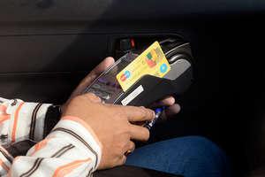 डेबिट कार्ड से लेन-देन होगा सस्ता, RBI ने पेश की नई दरें