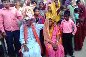 PHOTOS: 50 साल लिव-इन में रहने के बाद शादी, ऐसी है इनकी लव स्टोरी