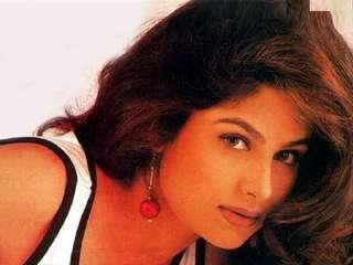 देखें: कहां खो गई सलमान-आमिर की ये हिरोइन!