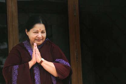तस्वीरों में: सबसे महंगी हिरोइन से मुख्यमंत्री तक जयललिता का सफर