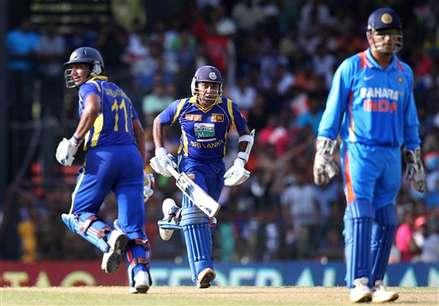 रोमांचक वनडे में श्रीलंका को हराकर भारत ने ली 2-1 की बढ़त