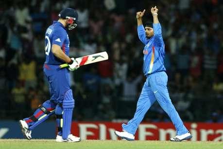 <a href='http://khabar.ibnlive.in.com/photogallery/3856/'><font color=red> देखें: तस्वीरों की जुबानी, टीम इंडिया की जीत की कहानी</font></a>