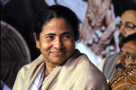 ममता बनर्जी ने राष्ट्रपति को 'माटी का सपूत' बताया