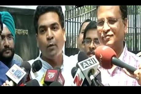 कपिल मिश्रा की बढ़ेंगी मुश्किलें, दिल्ली स्वास्थ्य मंत्री ने ठोका मानहानि का मुकदमा