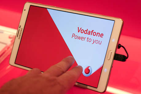 16 रुपये में एक घंटे तक अनलिमिटेड डेटा का लाभ उठा सकते हैं वोडाफोन कन्जयूमर