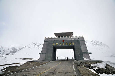 पाक ने भारत पर लगाए 'पाक-चीन आर्थिक गलियारे' को नाकाम करने के आरोप