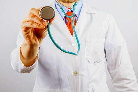 सरकार का कड़वा डोज, फार्मा कंपनियां नहीं दे पाएंगी डॉक्टरों को महंगे तोहफे..!