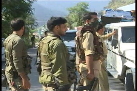 पाकिस्तान में कोर्ट के पास आतंकी हमला, चार की मौत कई घायल