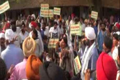 सलूजा समर्थकों ने किया थाने का घेराव, पुलिस हिरासत में हुई थी मौत