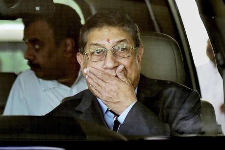 सुप्रीम कोर्ट ने दिया श्रीनिवासन को बड़ा झटका
