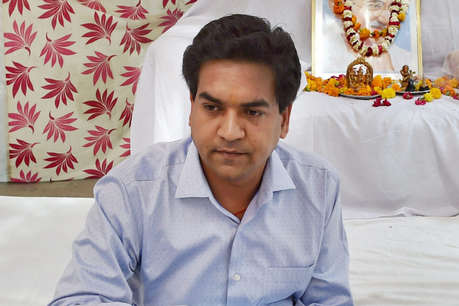 कपिल मिश्रा का आरोप: 2 करोड़ के लिए केजरीवाल ने झूठ बोला