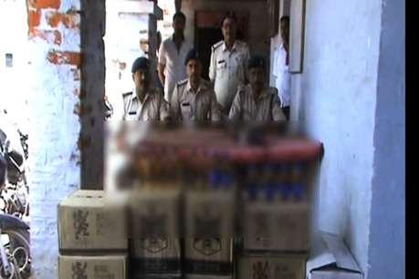 छपरा से 559 बोतल विदेशी शराब बरामद, नगर निकाय चुनाव में खपाने की थी योजना