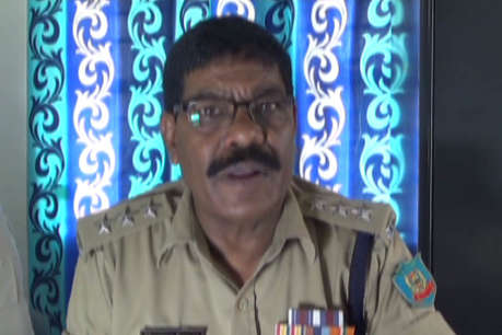पाकुड़ पुलिस ने बंगाल के अपराधी को दबोचा, देसी कट्टा के साथ दो कारतूस बरामद