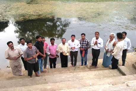 मनियारी नदी के बचाव और साफ-सफाई के लिए युवकों ने उठाया बीड़ा
