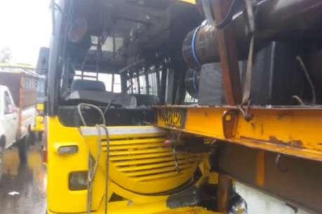 पंजाब के मुकेरियां में स्कूली बस ट्रक से टकराई, 15 बच्चे जख़्मी