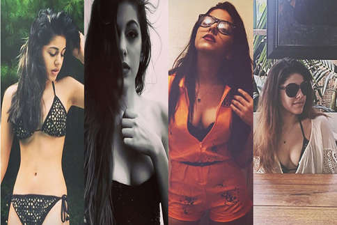 पूजा बेदी की बेटी आलिया की इन तस्वीरों पर मचा है बवाल!