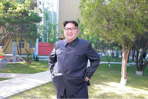पेटू बन गया है क्रूर तानाशाह किम जोंग, इस डर से बस खाता ही रहता है...!