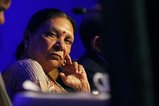 LIVE गुजरात निकाय चुनाव: शुरुआती रुझानों में बीजेपी आगे निकली