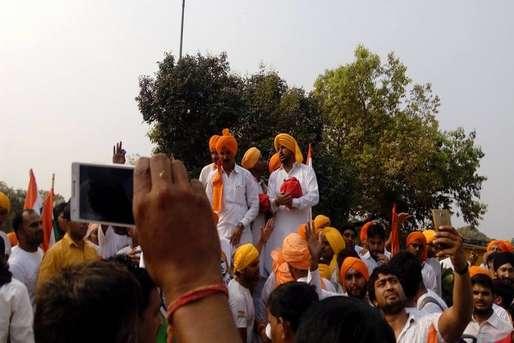 भारत सरकार आज भी भगत सिंह को नहीं मानती शहीद, ऐसे छिड़ रहा आंदोलन