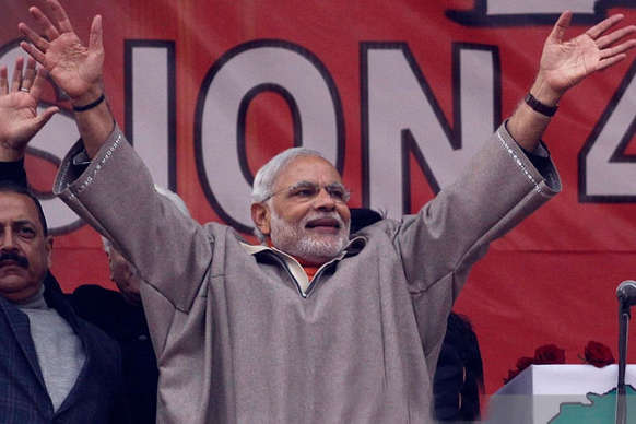 पीएम मोदी की 'सर्जिकल स्ट्राइक', ऐसे बदलेगा जम्मू कश्मीर का यूथ
