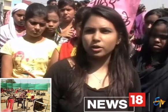 शराब दुकान की बंदी के लिए छात्राओं ने किया विरोध प्रदर्शन