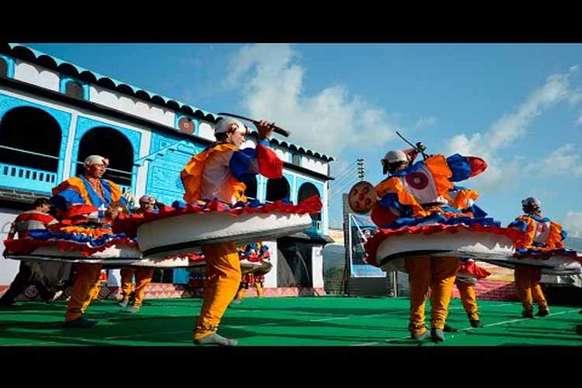 कौसानी के बुरांश महोत्सव में कुमाऊंनी संस्कृति की धूम