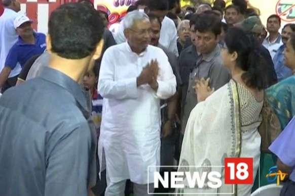 Video : महेंद्र सिंह धोनी के हेल्थ क्लब की सीरीज फिट सेवन का आज पटना में हुआ उद्धघाटन
