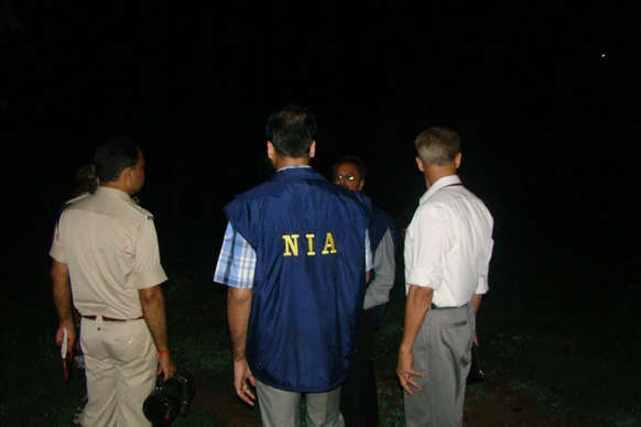 श्रीनगर पुलिस ने तीन हुर्रियत नेताओं को हिरासत में लिया, एनआईए करेगी पूछताछ