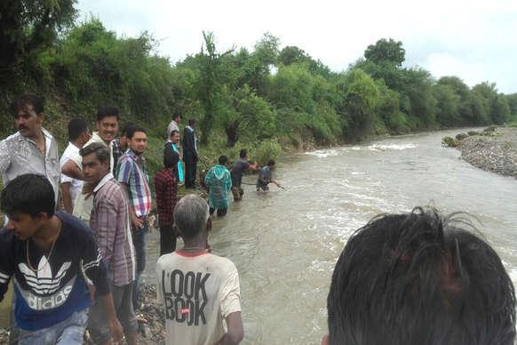 भारी बारिश के कारण नदी-नाले उफान पर, हादसों में हुई बढ़ोतरी