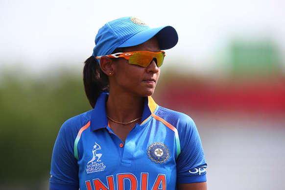 ICC रैंकिंग : हरमनप्रीत पहली बार टॉप-10 में, इन खिलाड़ियों ने भी लगाई लंबी छलांग