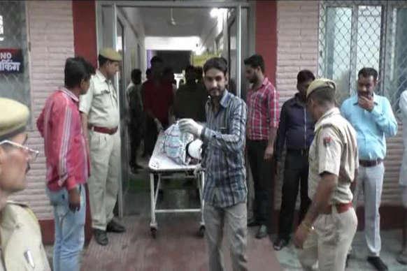 राजसमंद हादसाः क्रेन की सहायता से घायलों को बाहर निकाला