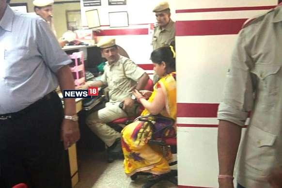 जयपुर में गोल्ड लोन कंपनी Muthoot Finance पर डाका, 20 किलो सोना और 6 लाख रुपए लूटे